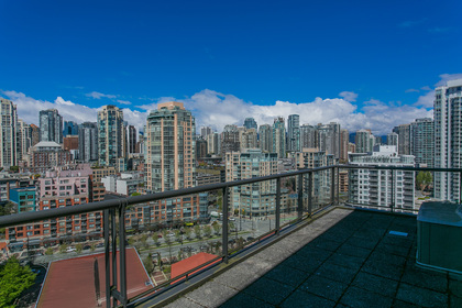 1j6a2674 at 20C - 139 Drake Street, Yaletown, Vancouver West