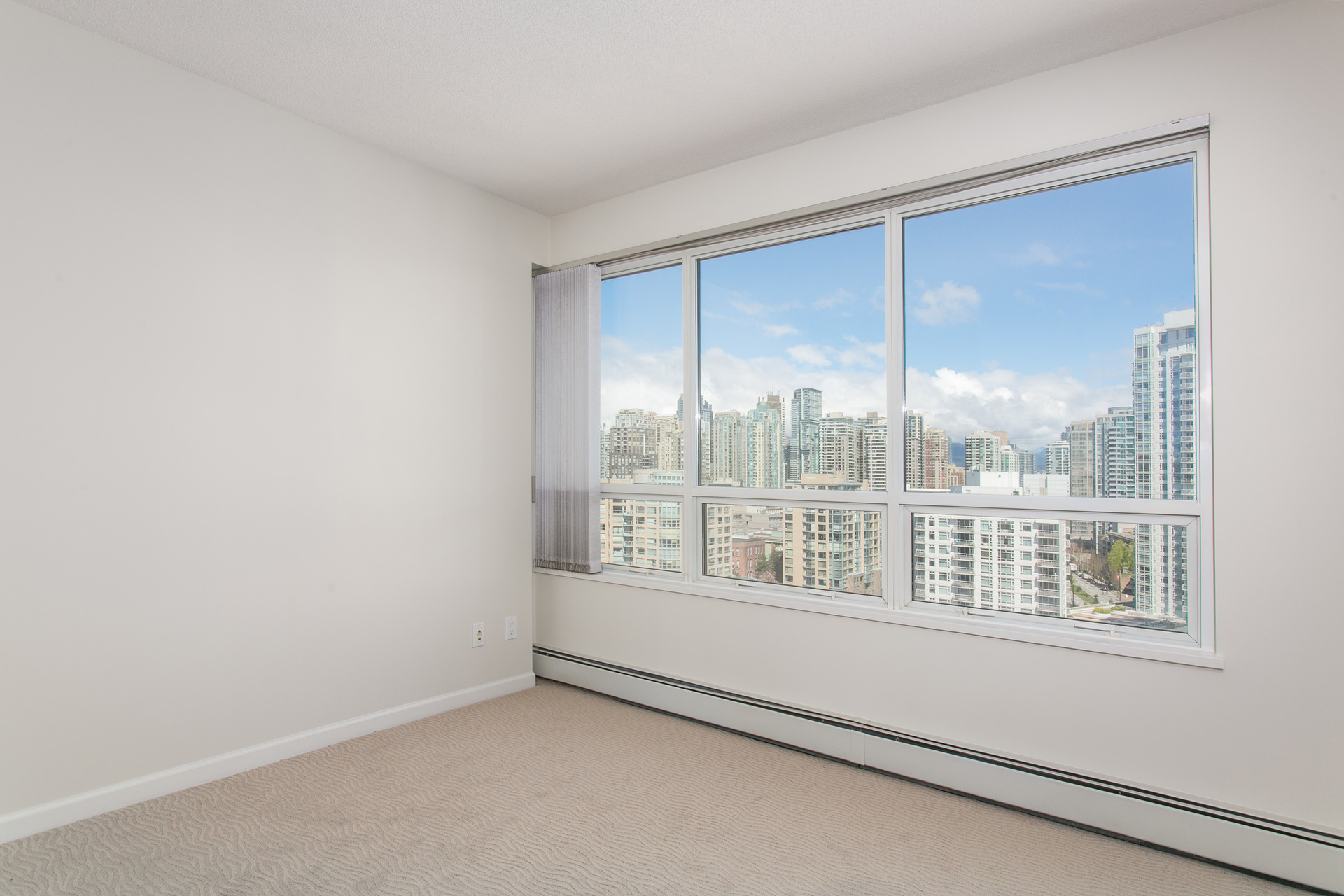 1j6a2651 at 20C - 139 Drake Street, Yaletown, Vancouver West