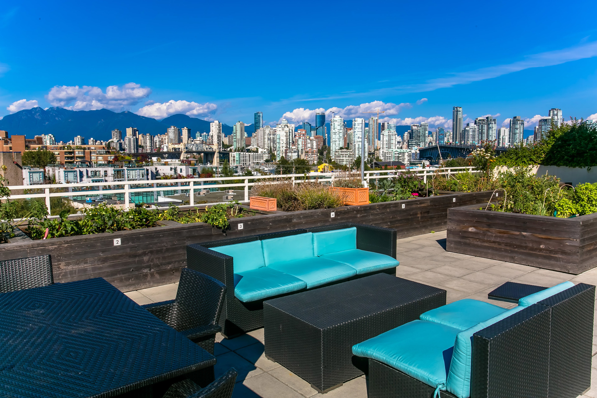 1j6a0617 at 408 - 1635 West 3rd Avenue, False Creek, Vancouver West