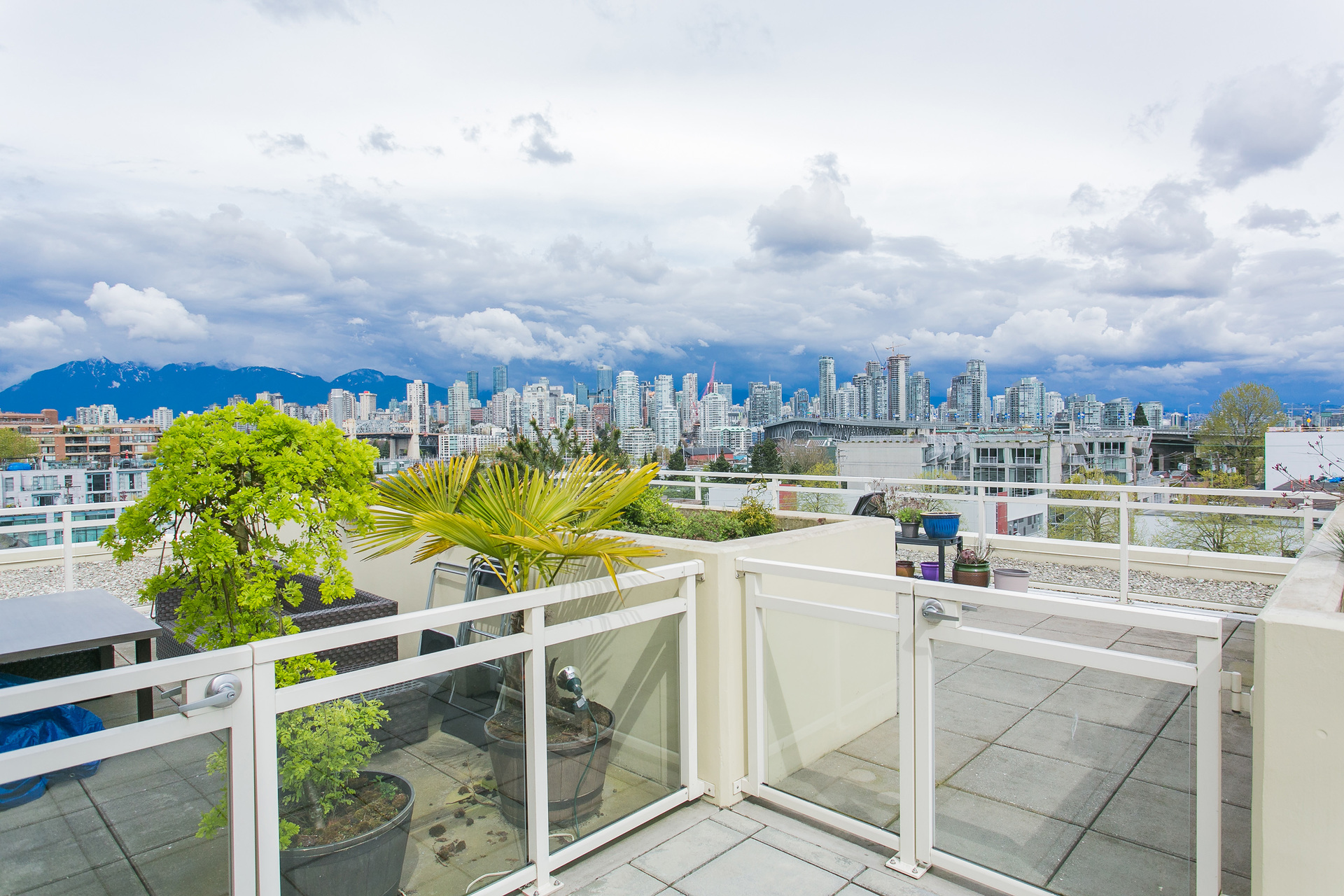 1j6a2854 at 408 - 1635 West 3rd Avenue, False Creek, Vancouver West