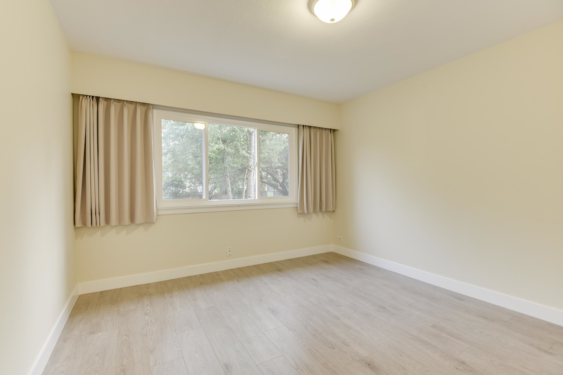 5-1-of-1 at 1285 East 18th Avenue, Knight, Vancouver East