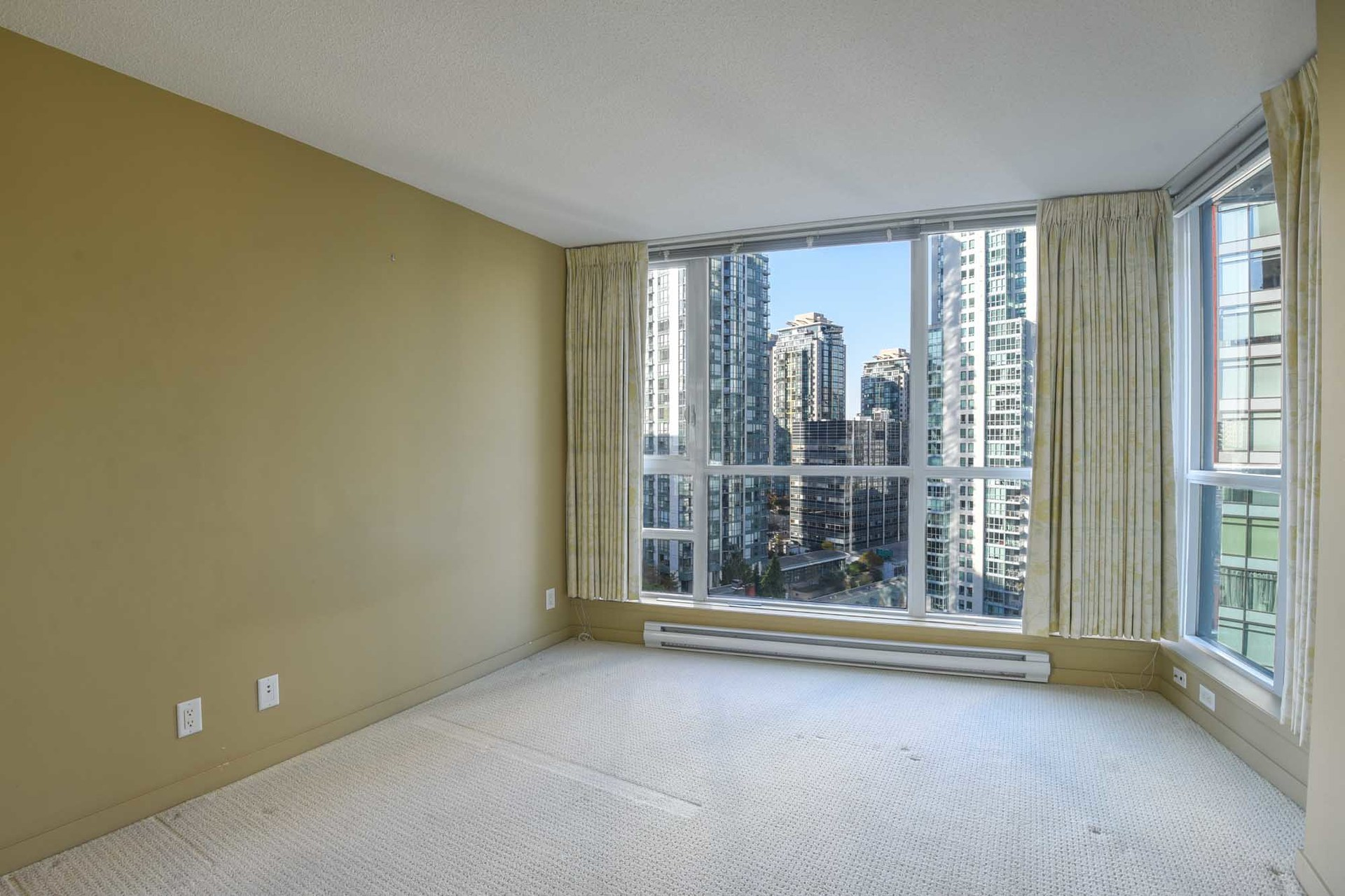 14-1-of-1 at 1607 - 1189 Melville, Coal Harbour, Vancouver West