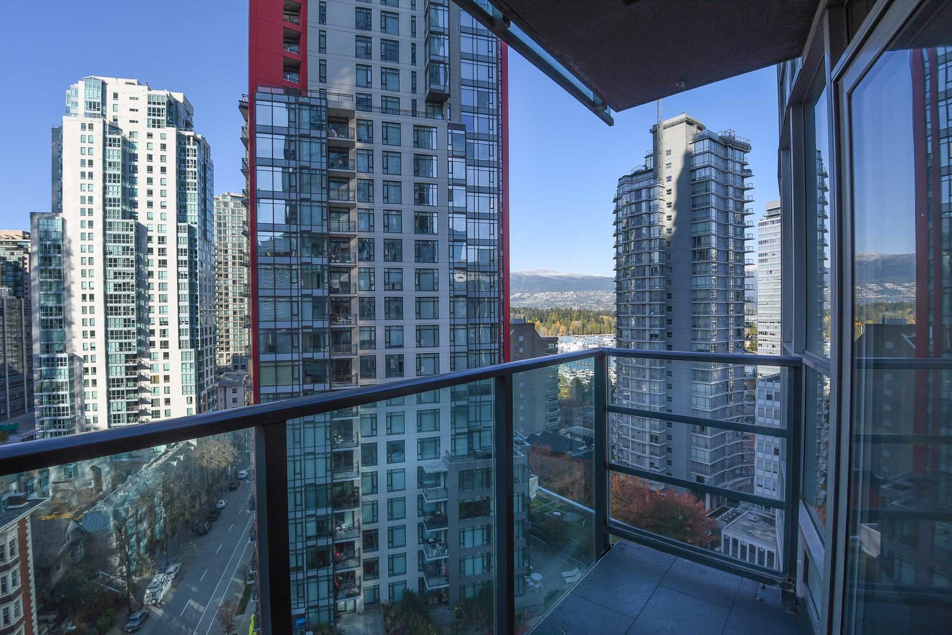 8-1-of-1 at 1607 - 1189 Melville, Coal Harbour, Vancouver West