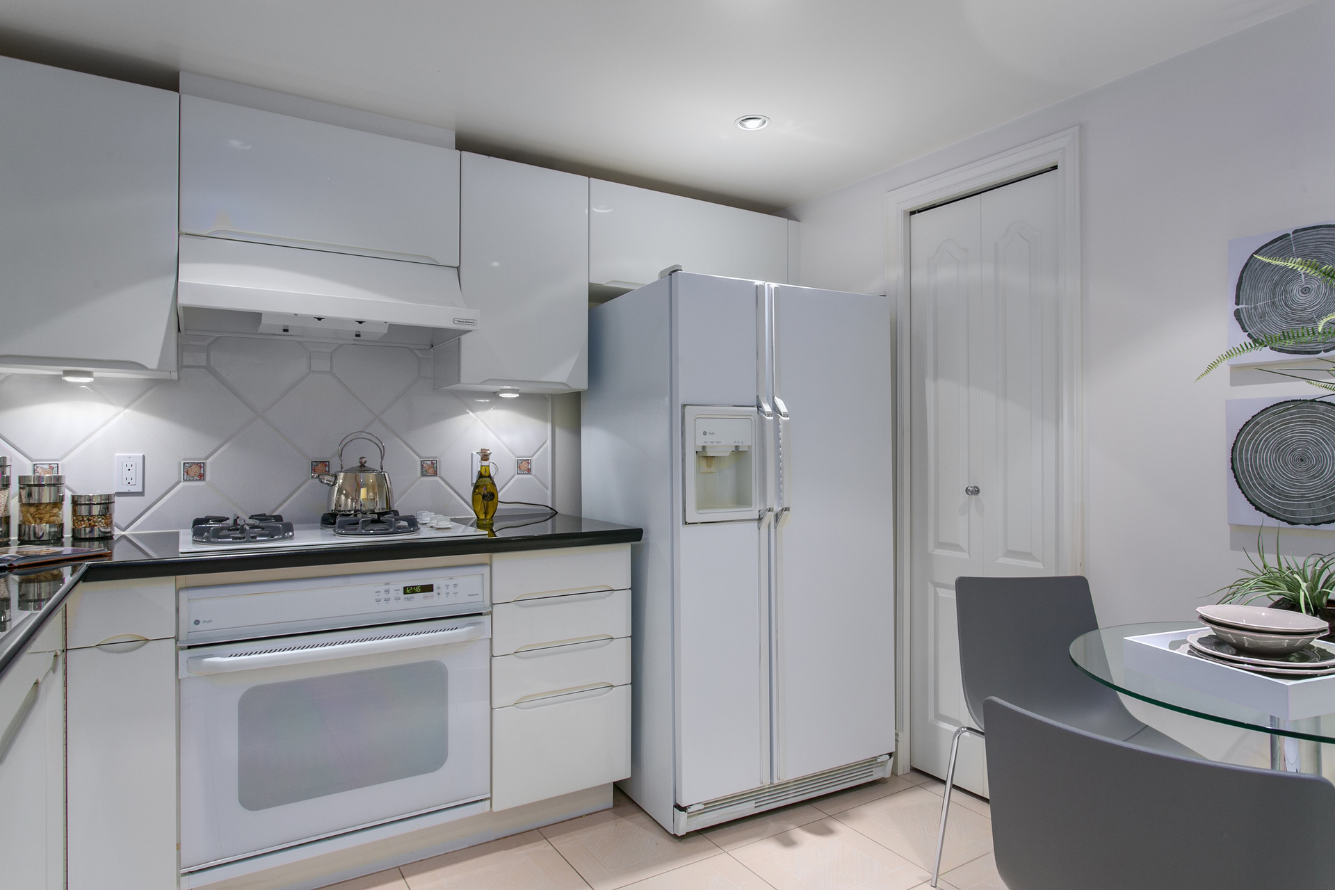 1j6a7481 at 401 - 535 Nicola, Coal Harbour, Vancouver West