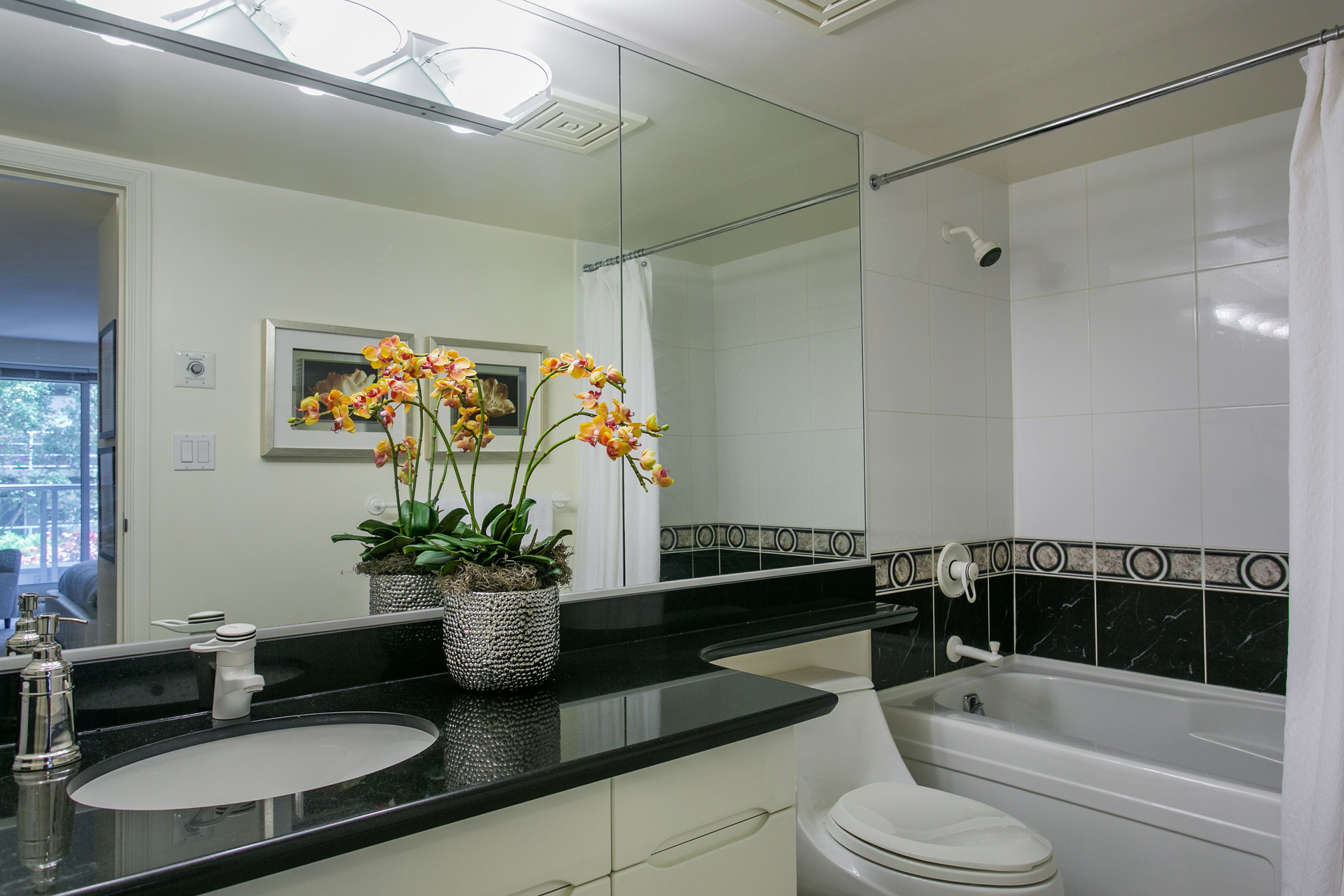 1j6a7508 at 401 - 535 Nicola, Coal Harbour, Vancouver West
