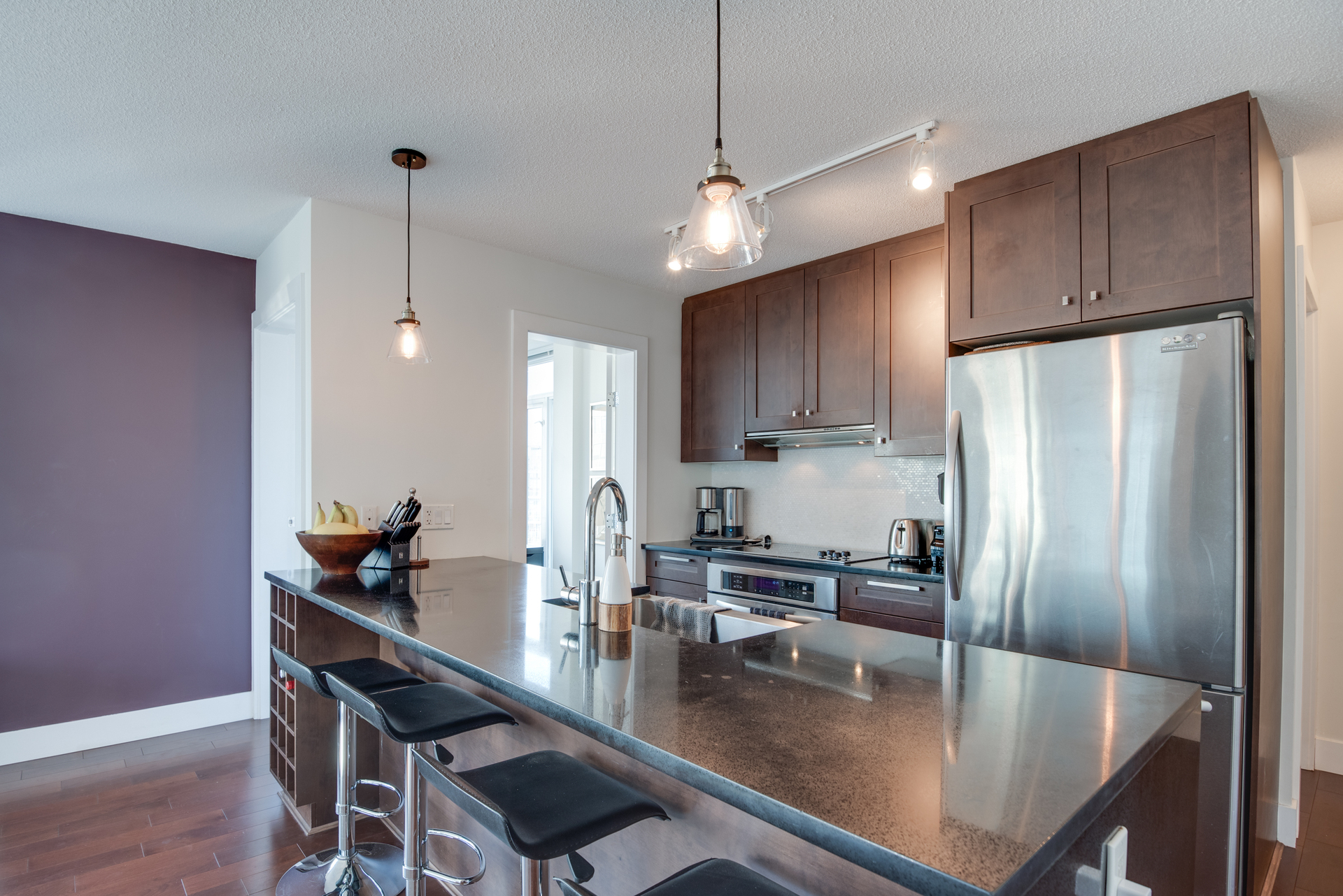 11 at 2203 - 888 Homer Street, Yaletown, Vancouver West