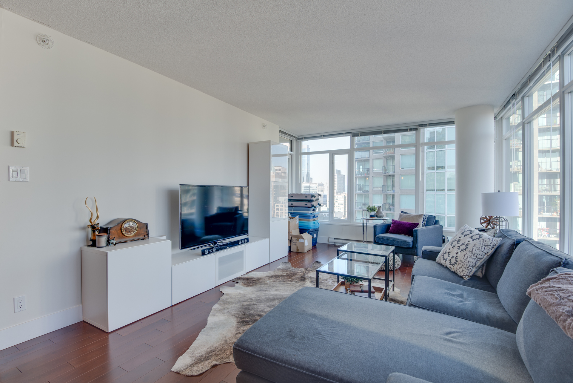 4 at 2203 - 888 Homer Street, Yaletown, Vancouver West