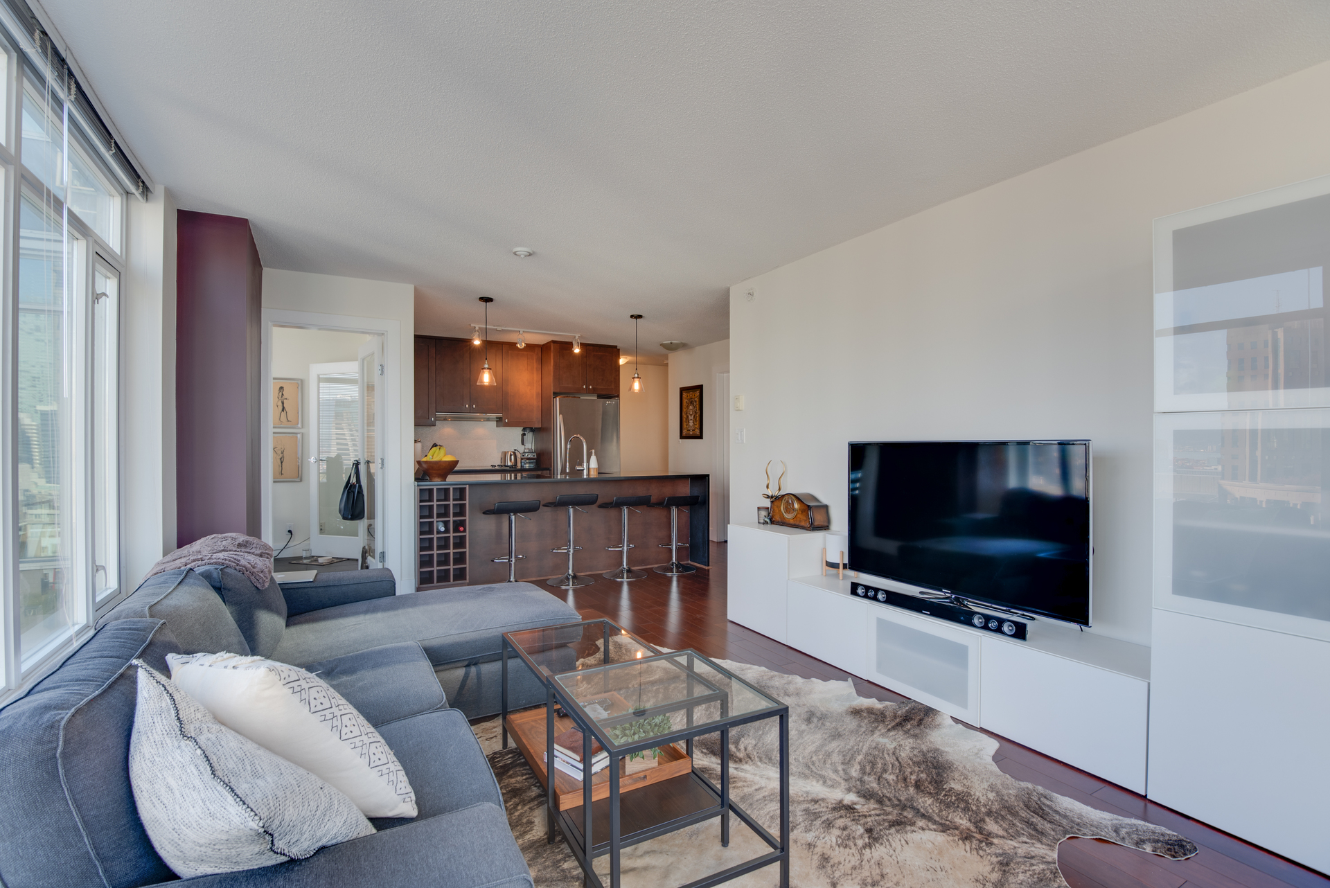 8 at 2203 - 888 Homer Street, Yaletown, Vancouver West