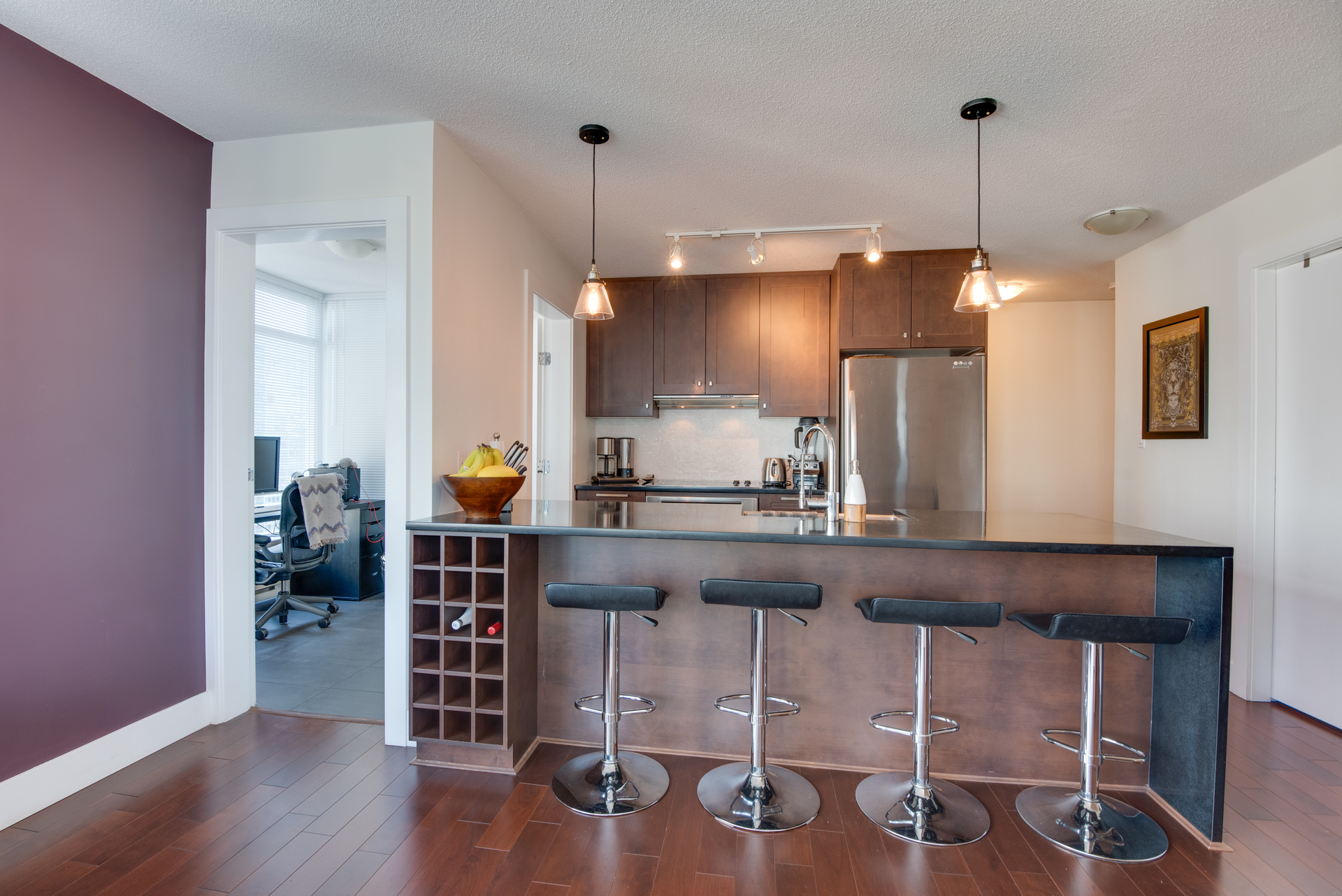 9 at 2203 - 888 Homer Street, Yaletown, Vancouver West