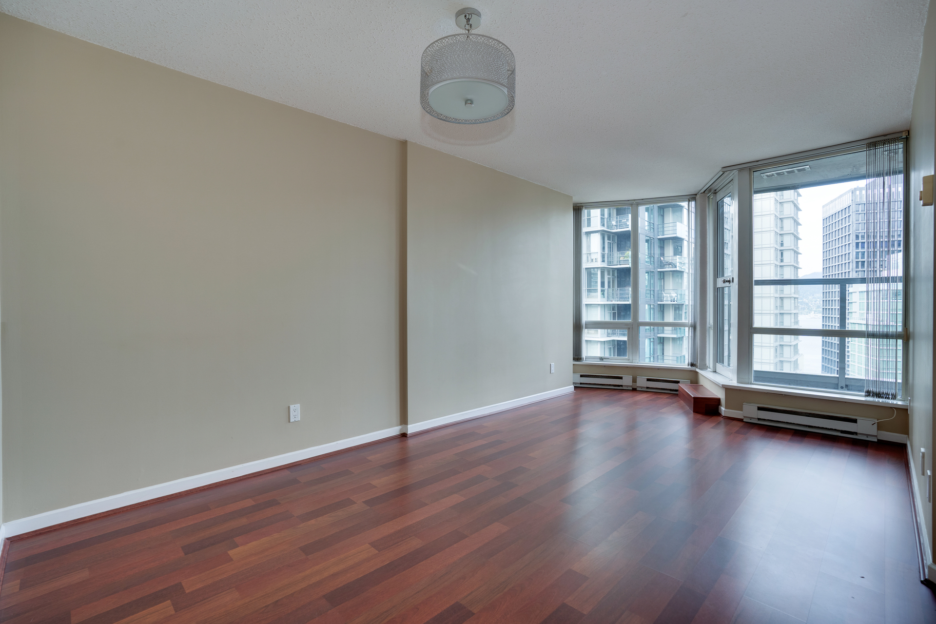 1-2-of-15 at 2102 - 1166 Melville, Coal Harbour, Vancouver West
