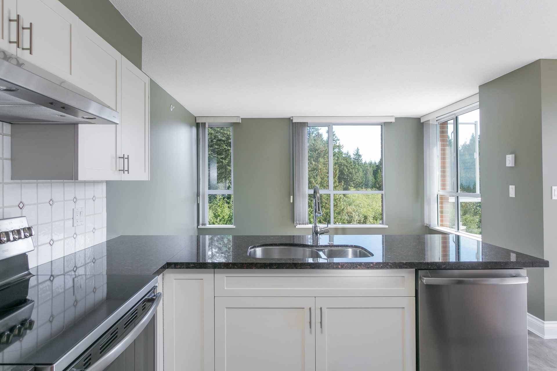 1j6a5204 at 907 - 5615 Hampton Place, University VW, Vancouver West