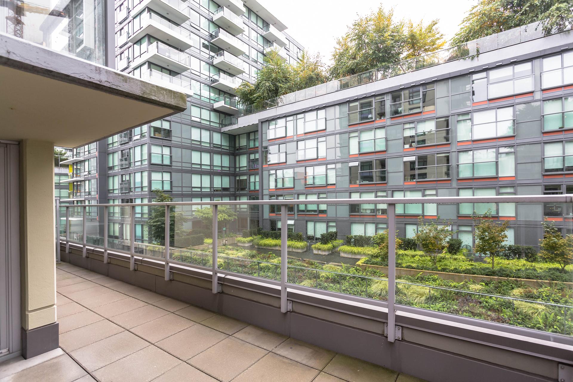 1j6a6946 at 356 - 168 West 1st, False Creek, Vancouver West