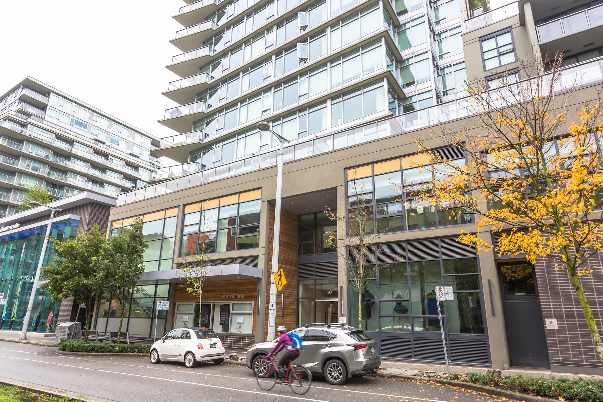 1j6a6964 at 356 - 168 West 1st, False Creek, Vancouver West