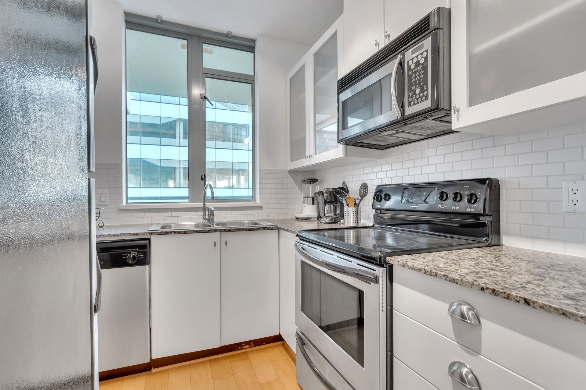 7 at 603 - 1238 Burrard, Downtown VW, Vancouver West