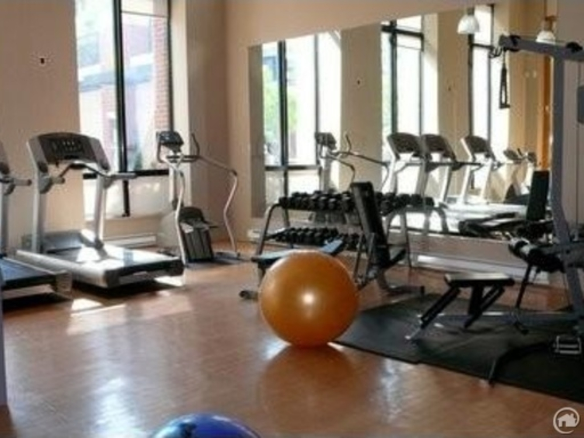 Gym at 7th floor - 909 Mainland, Yaletown, Vancouver West