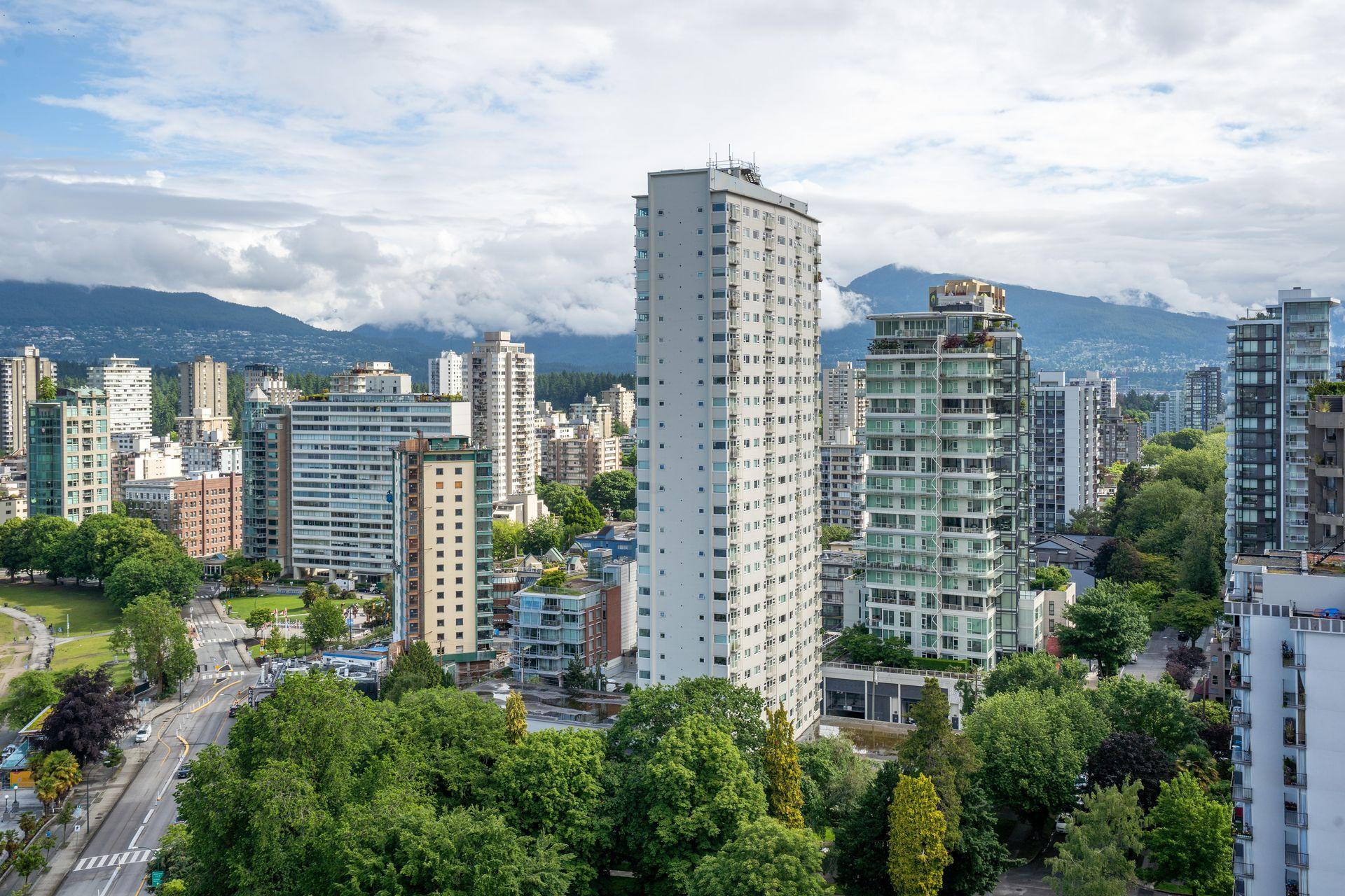 18 at 2401 - 1600 Beach Avenue, West End VW, Vancouver West