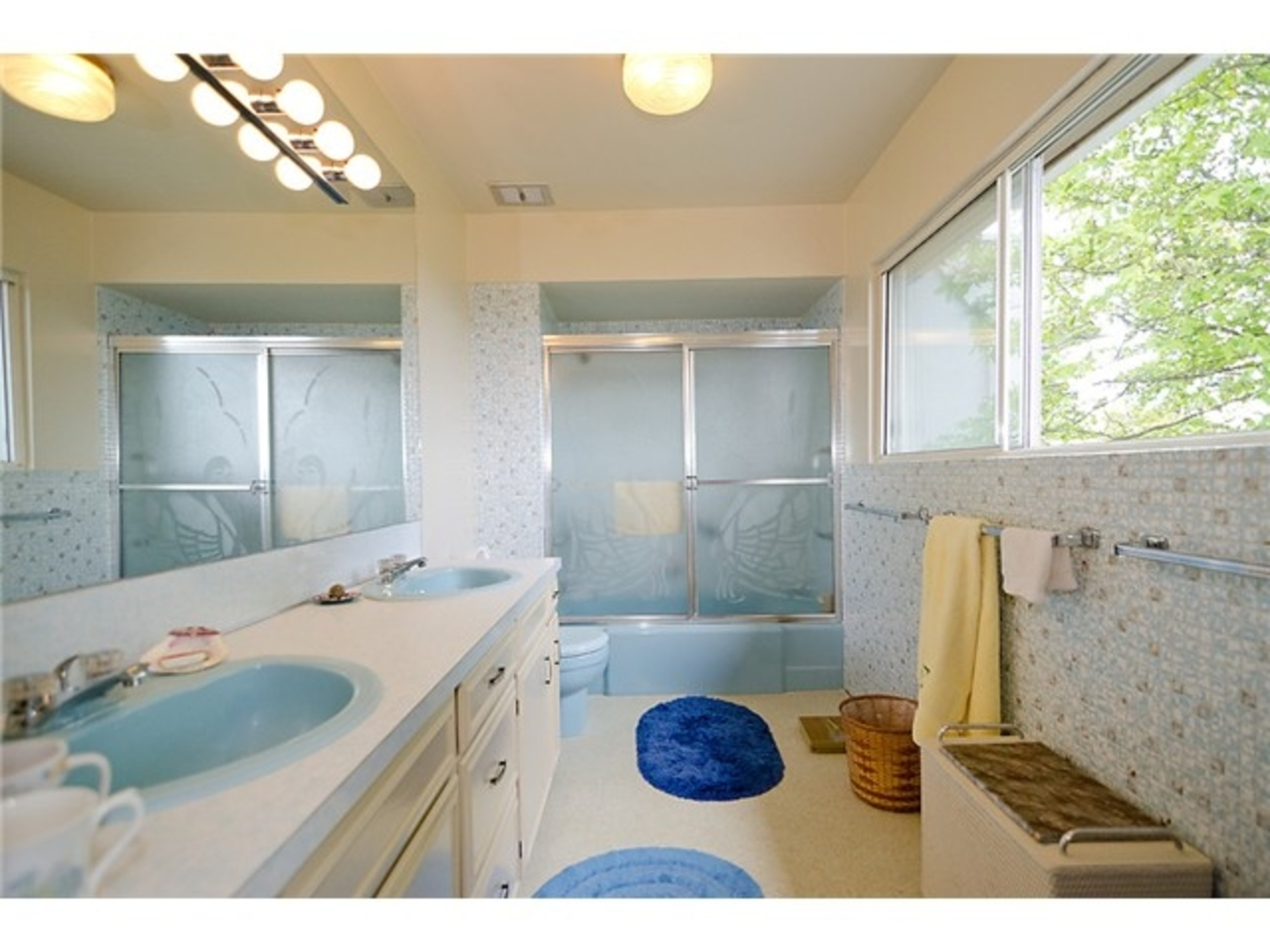 Bathroom at 4010 W 34th Avenue, Vancouver West