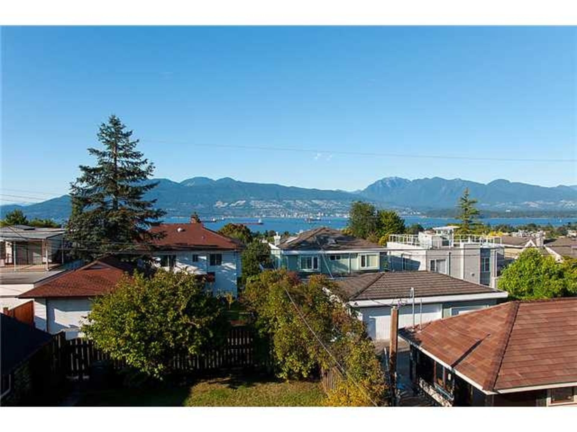 Views at 3961 W13 Avenue, Point Grey, Vancouver West