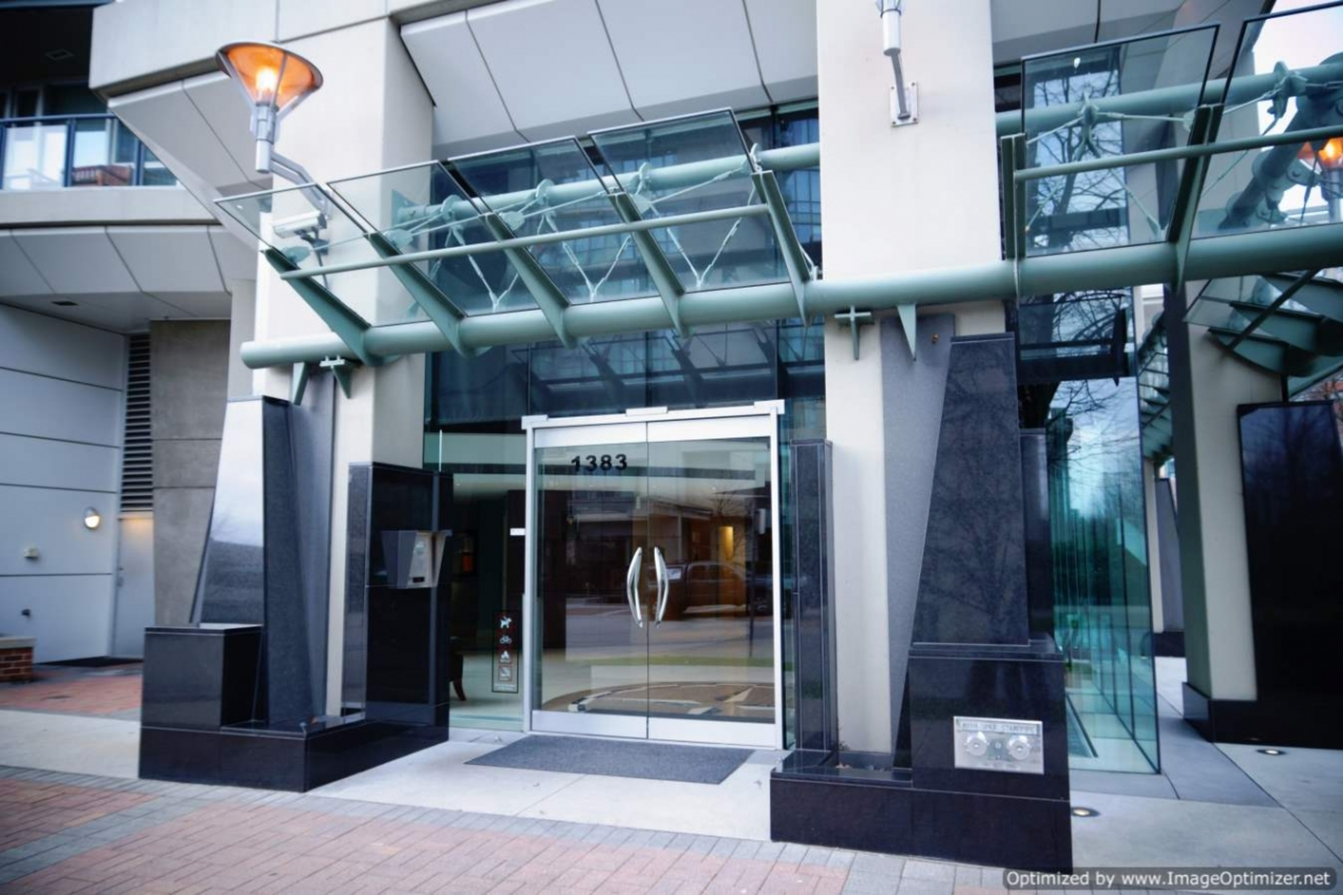 Entrance at 1005 - 1383 Marinaside, Yaletown, Vancouver West