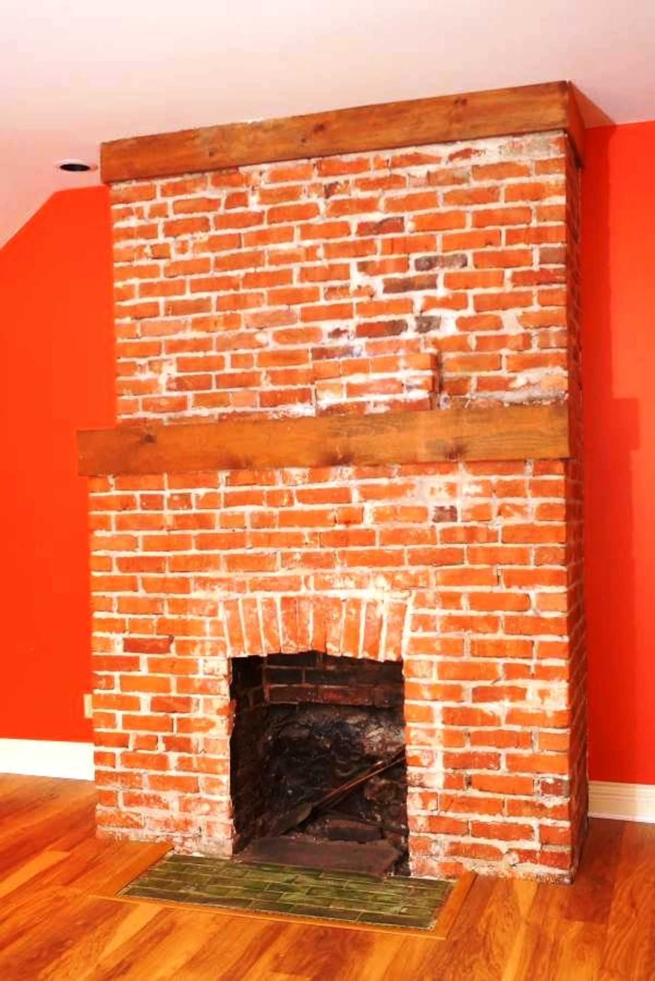 Fireplace at 1589 Marpole Avenue, Vancouver West