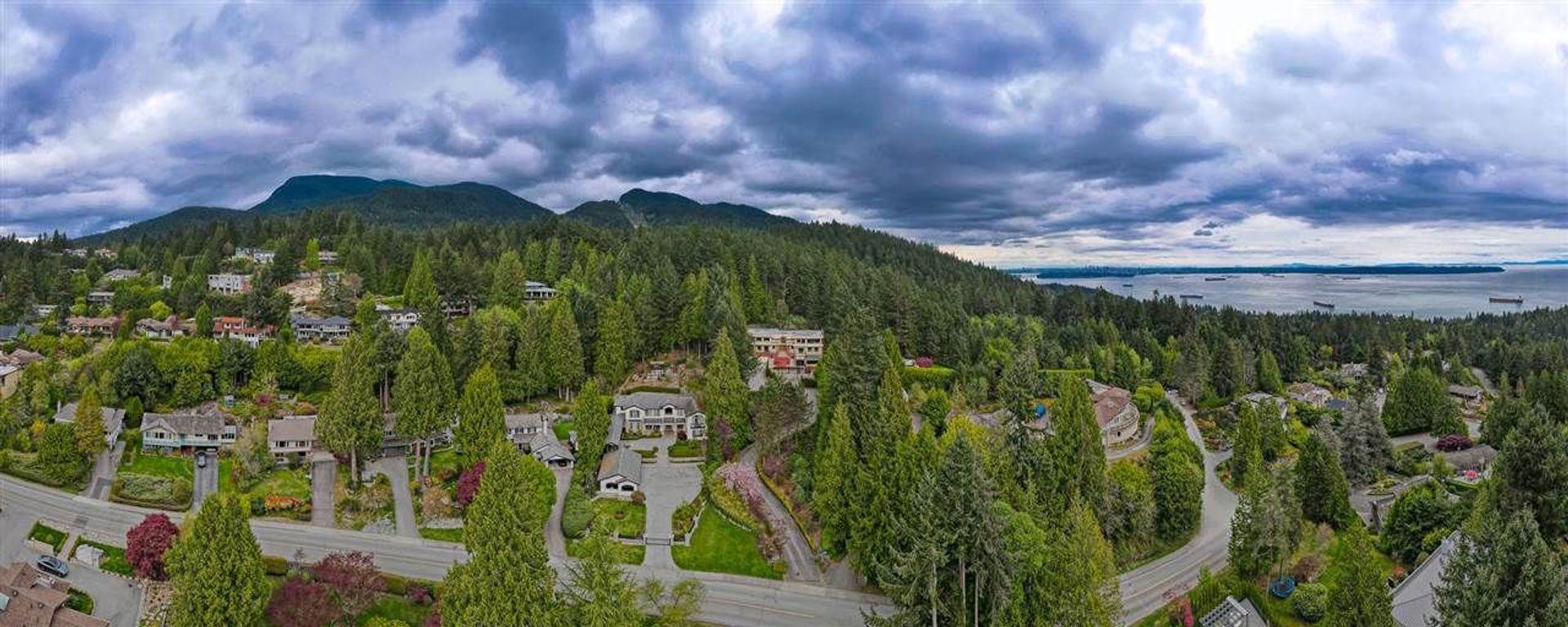 4556-woodgreen-drive-cypress-park-estates-west-vancouver-32 at 4556 Woodgreen Drive, Cypress Park Estates, West Vancouver