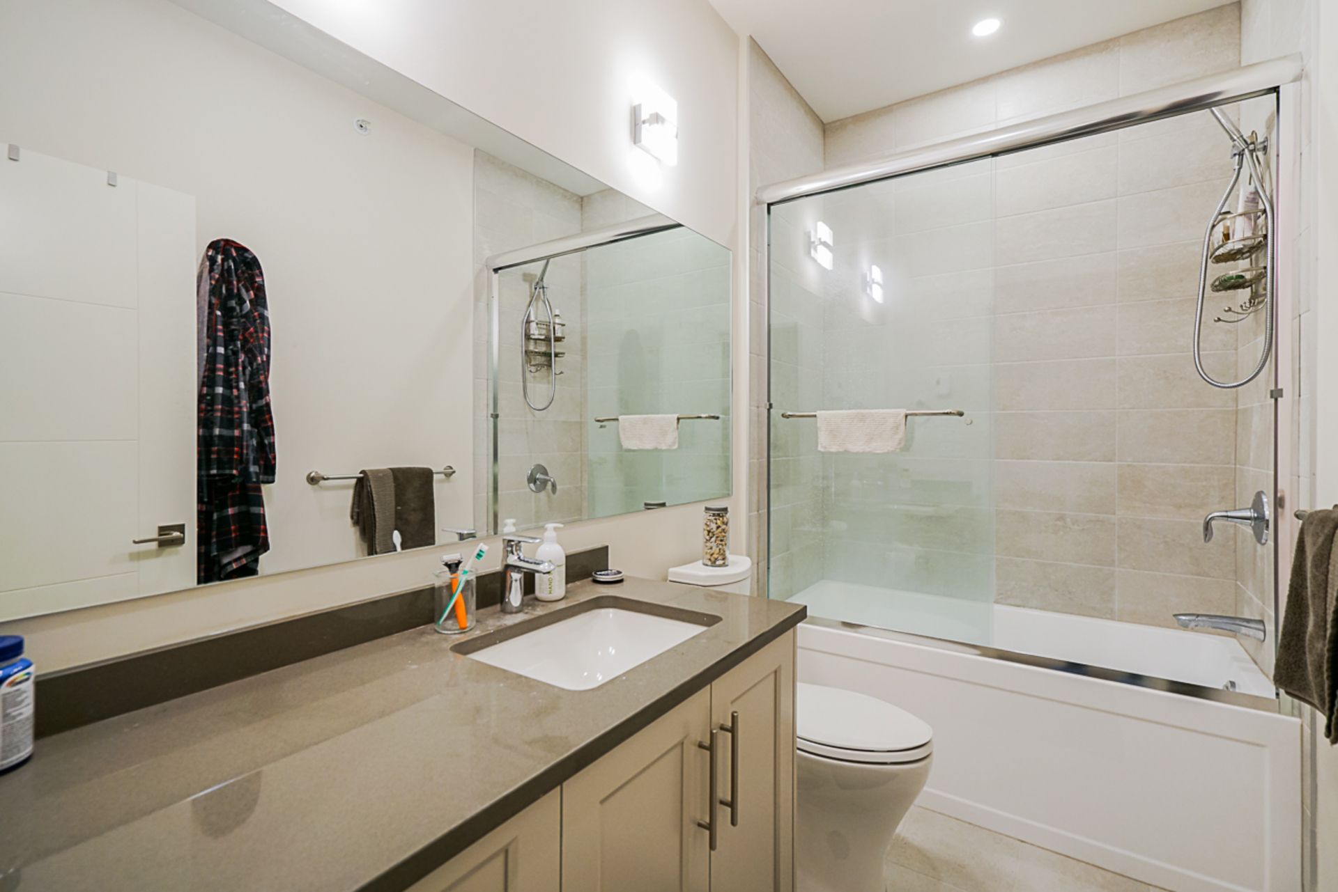 unit-11-115-west-queens-road-north-vancouver-24 at 11 - 115 W Queens Road, Upper Lonsdale, North Vancouver
