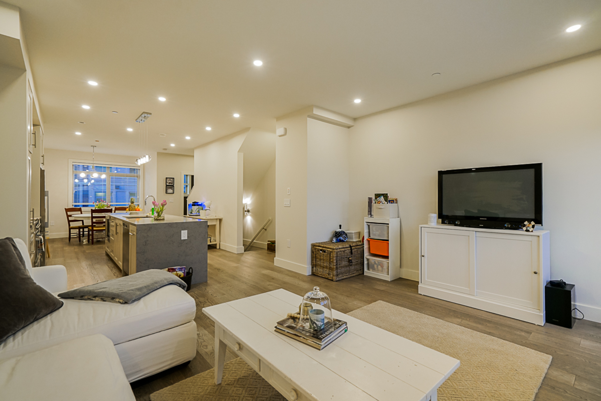 unit-11-115-west-queens-road-north-vancouver-8 at 11 - 115 W Queens Road, Upper Lonsdale, North Vancouver