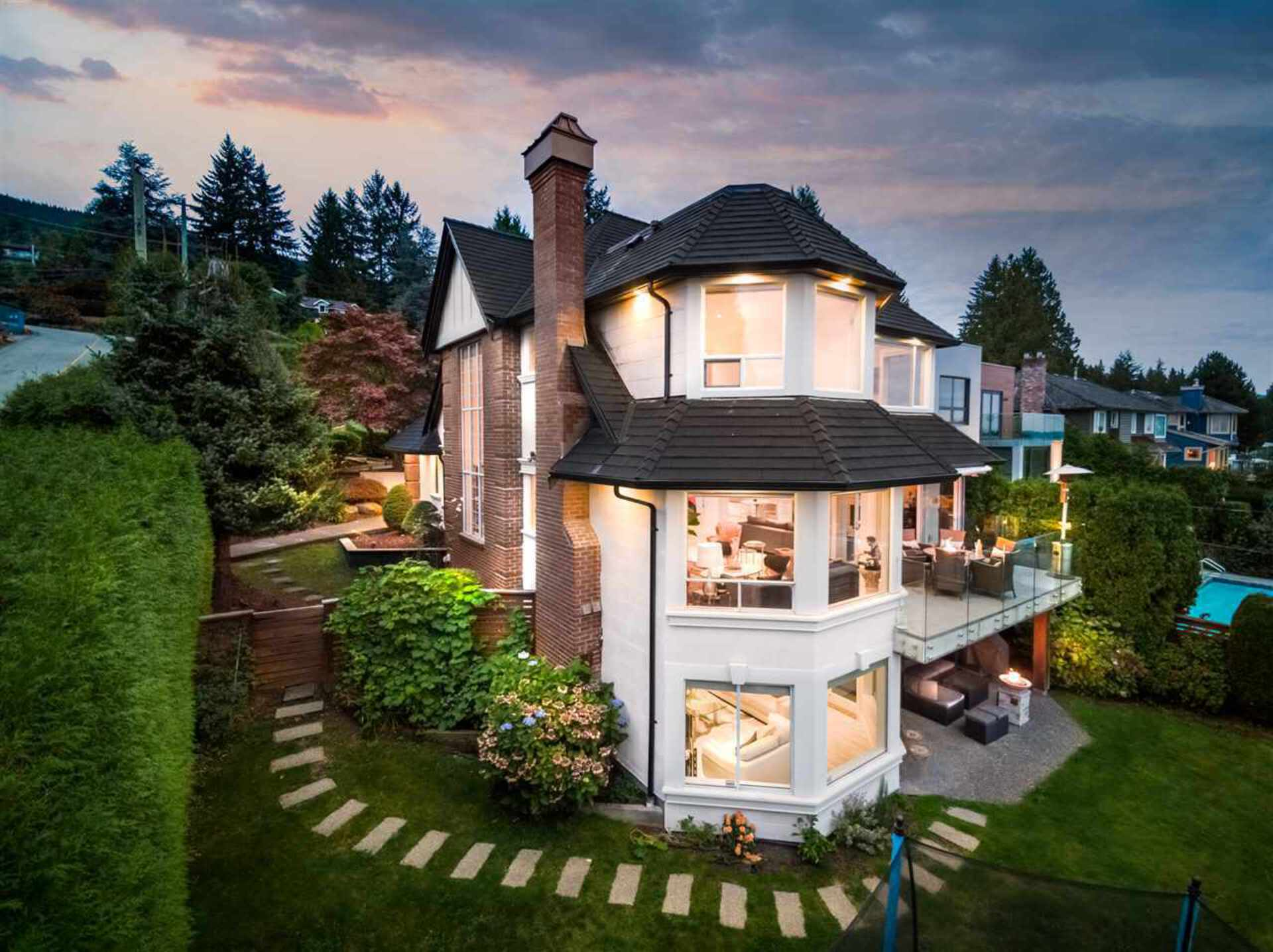 2198-rosebery-avenue-queens-west-vancouver-33 at 2198 Rosebery Avenue, Queens, West Vancouver