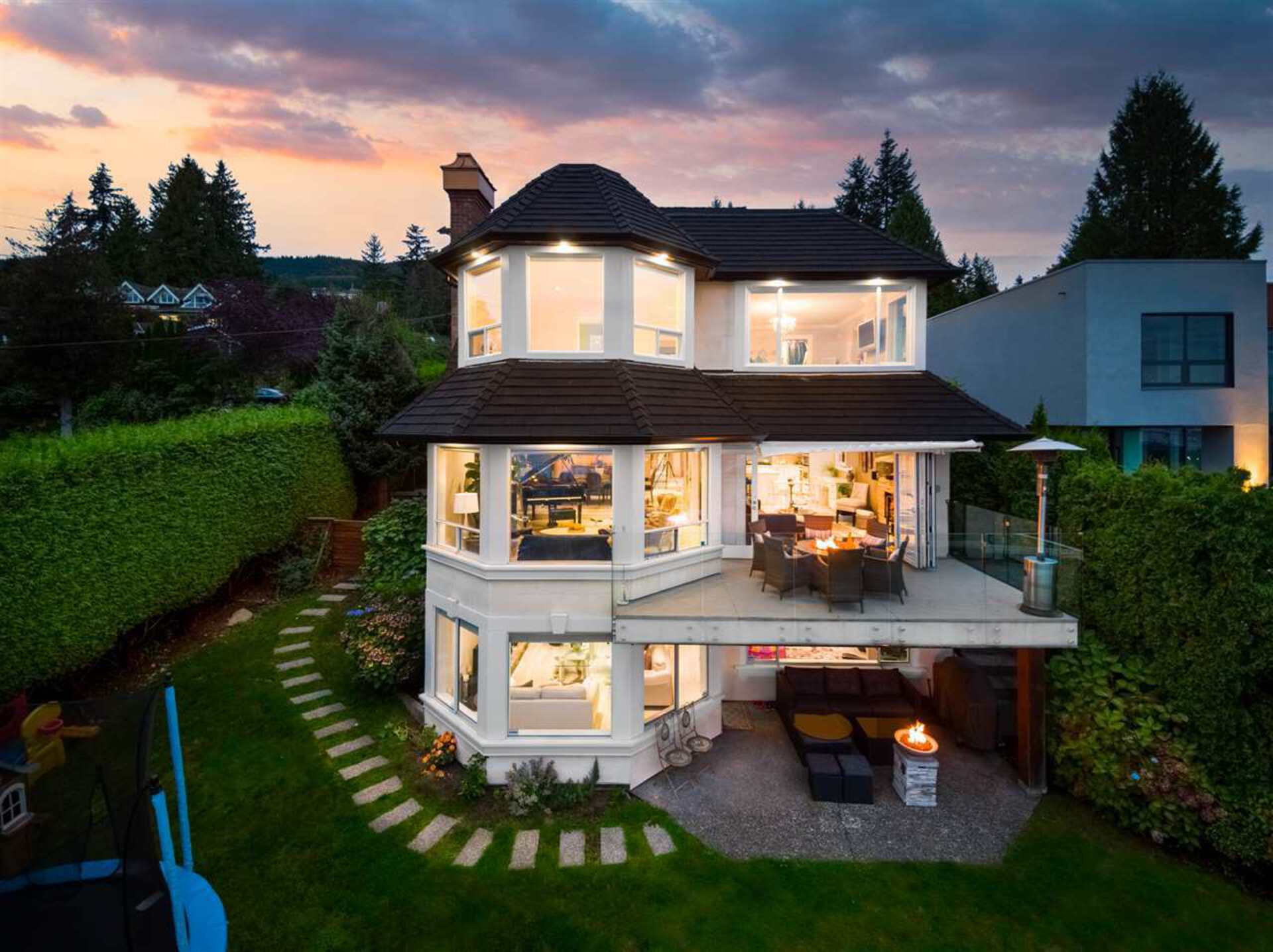 2198-rosebery-avenue-queens-west-vancouver-34 at 2198 Rosebery Avenue, Queens, West Vancouver