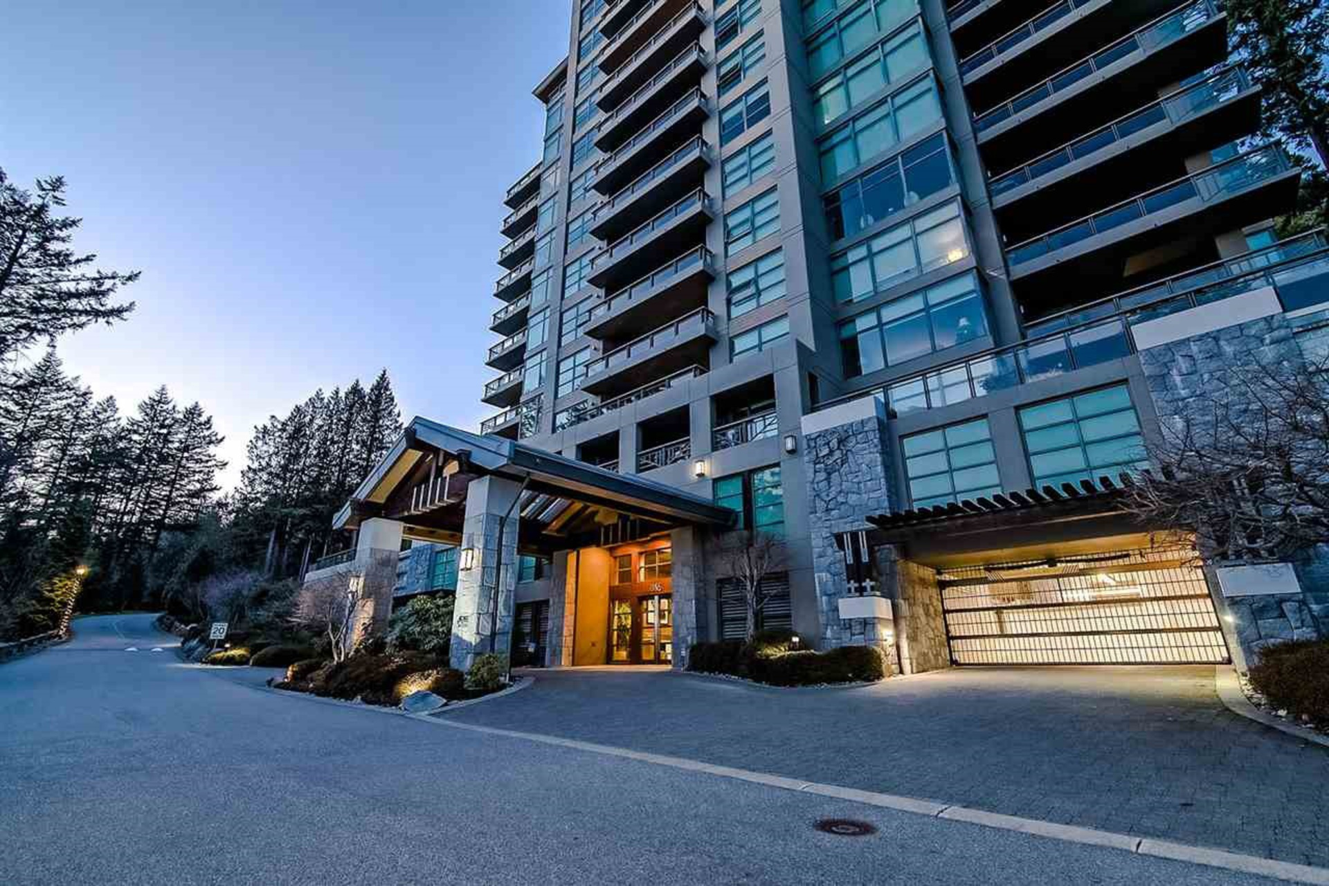 262529205 at 1103 - 3355 Cypress, Cypress, West Vancouver
