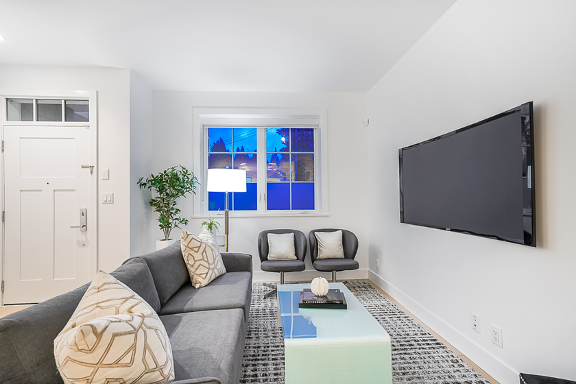 unit-11-1133-rigewood-drive-north-vancouver-6 at 11 - 1133 Ridgewood Drive, Edgemont, North Vancouver