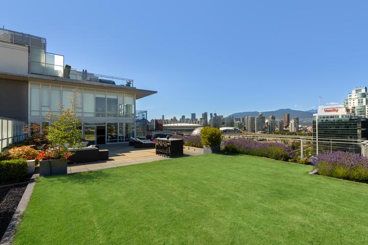 2107-1618-quebec-st-9975 at 2107 - 1618 Quebec Street, Mount Pleasant VE, Vancouver East