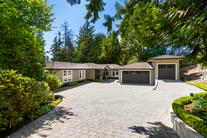 3082-spencer-place-19 at 3082 Spencer Place, Altamont, West Vancouver
