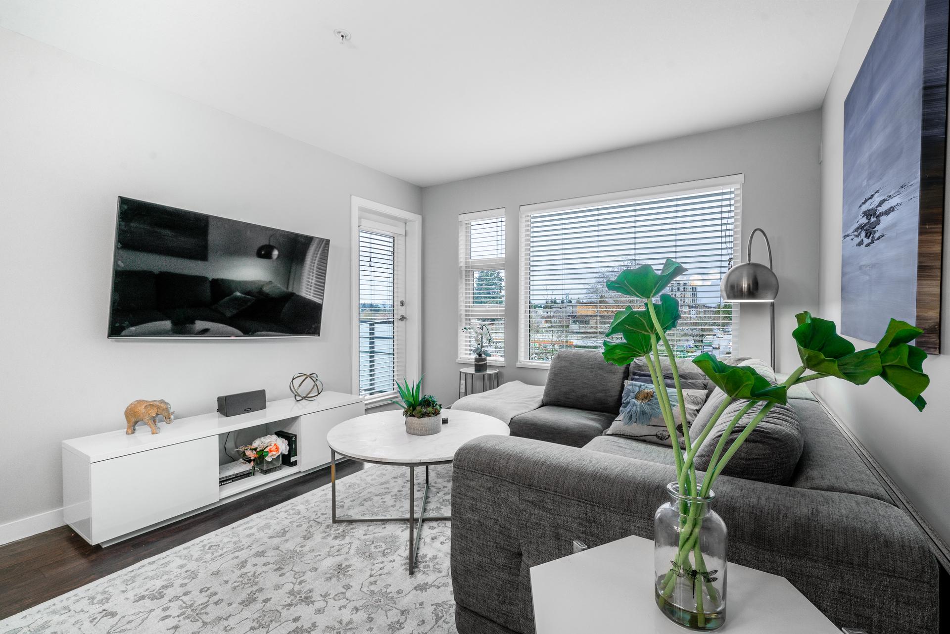 unit-410-1677-lloyd-avenue-north-vancouver-10 at 410 - 1677 Lloyd Avenue, Pemberton NV, North Vancouver