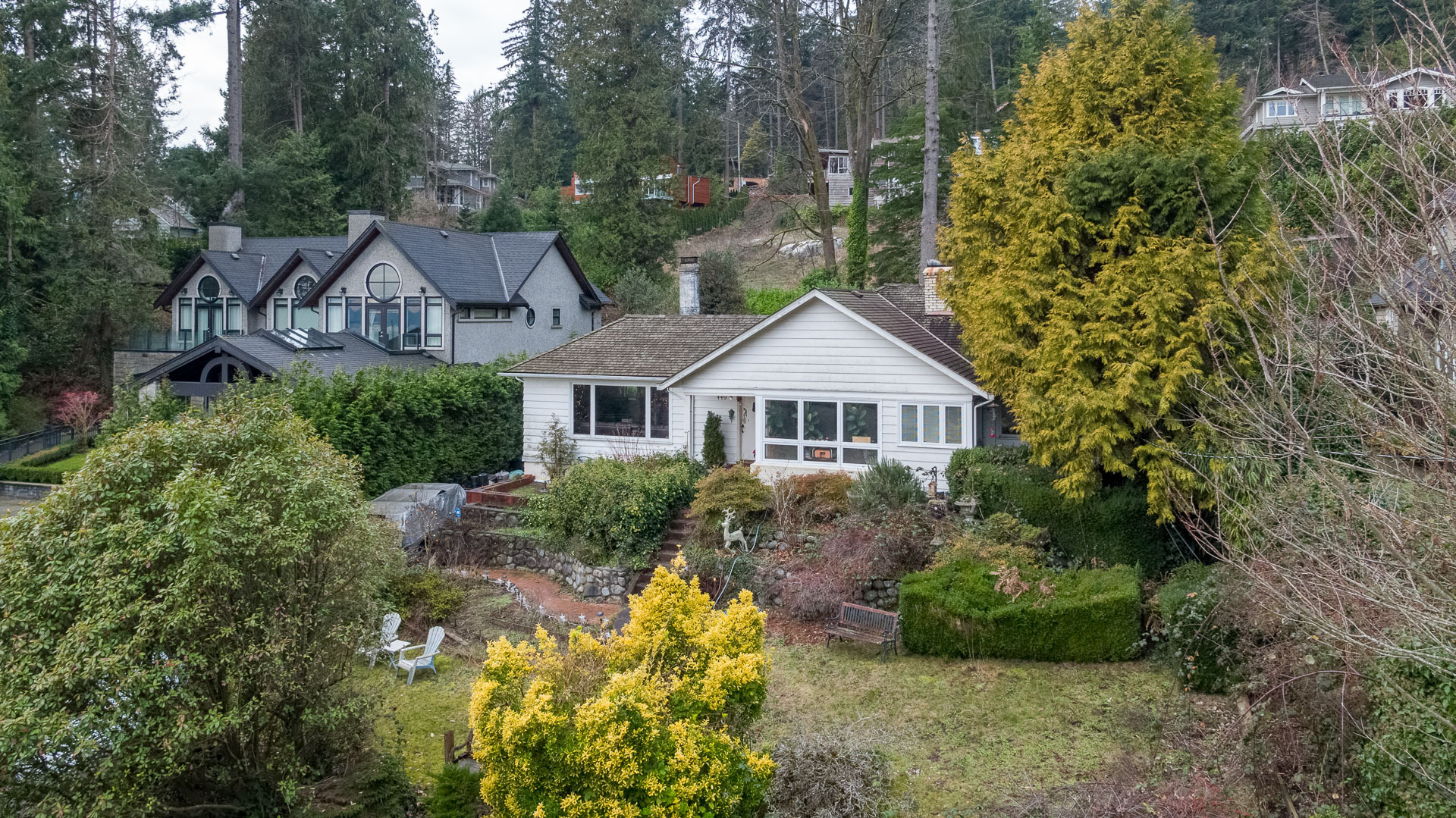 449-hillcrest-st-aerial-360hometours-02s at 449 Hillcrest Street, Westmount WV, West Vancouver