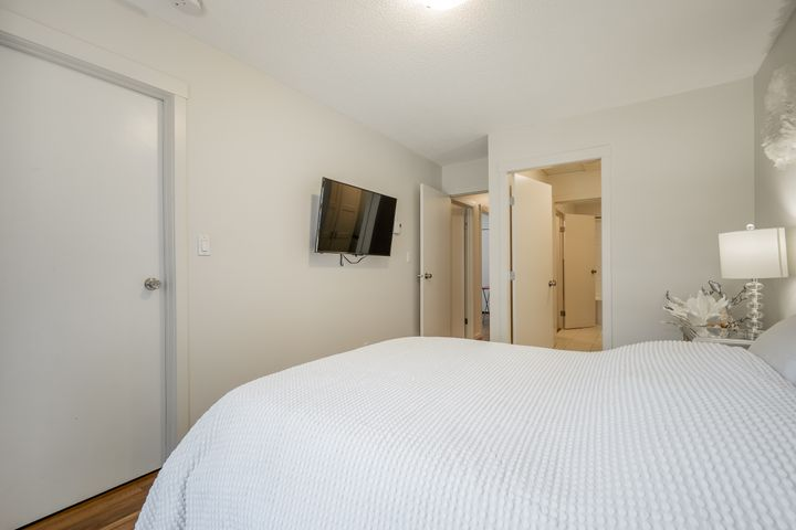 unit-17-900-17th-street-w-north-vancouver-27 at 17 - 900 W 17th Street, Mosquito Creek, North Vancouver