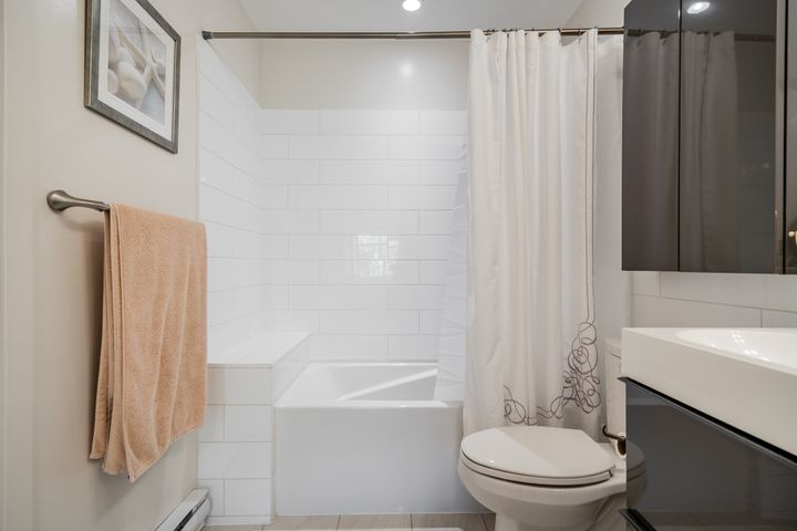 unit-17-900-17th-street-w-north-vancouver-32 at 17 - 900 W 17th Street, Mosquito Creek, North Vancouver