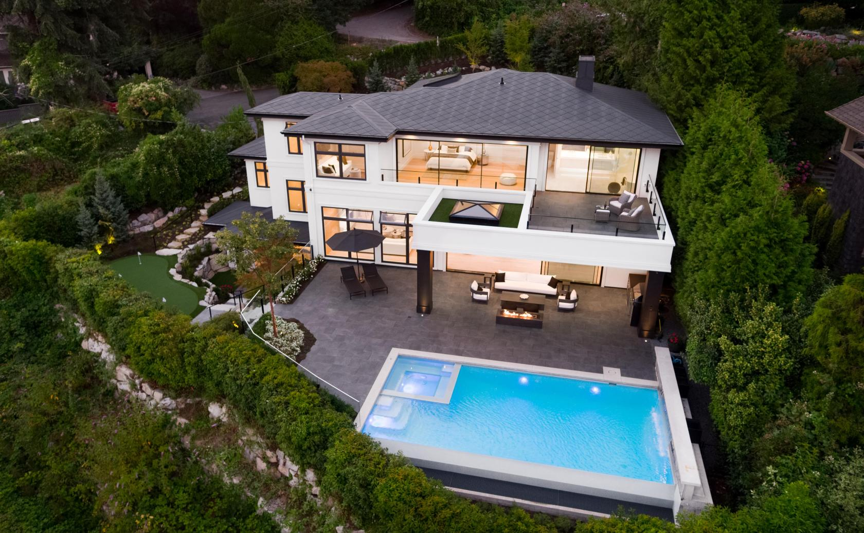 3690 Creery Street, West Bay, West Vancouver