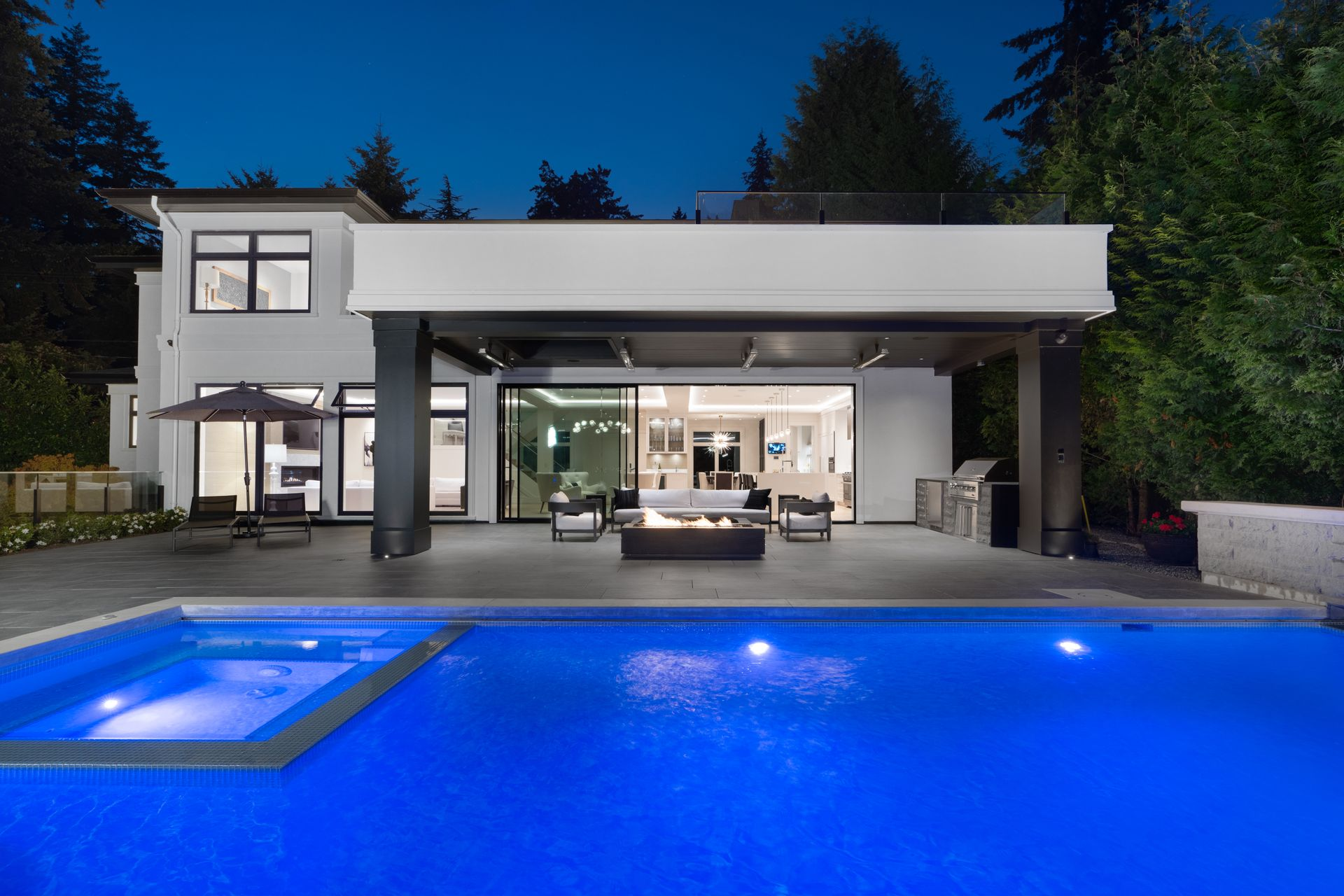 3690-creery-ave-36 at 3690 Creery Street, West Bay, West Vancouver