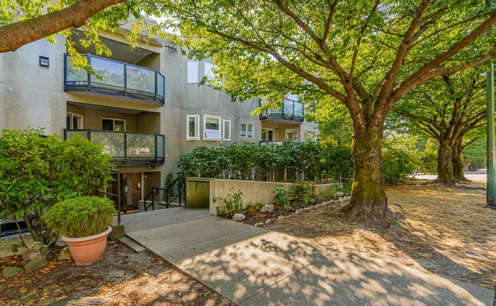 101 - 175 W 4th Street, Lower Lonsdale, North Vancouver