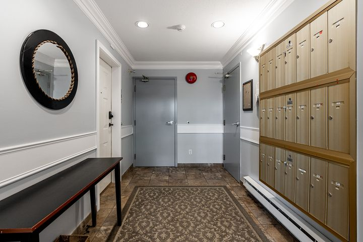 unit-101-175-west-4th-street-north-vancouver-4 at 101 - 175 W 4th Street, Lower Lonsdale, North Vancouver