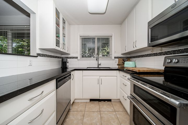 unit-101-175-west-4th-street-north-vancouver-6 at 101 - 175 W 4th Street, Lower Lonsdale, North Vancouver