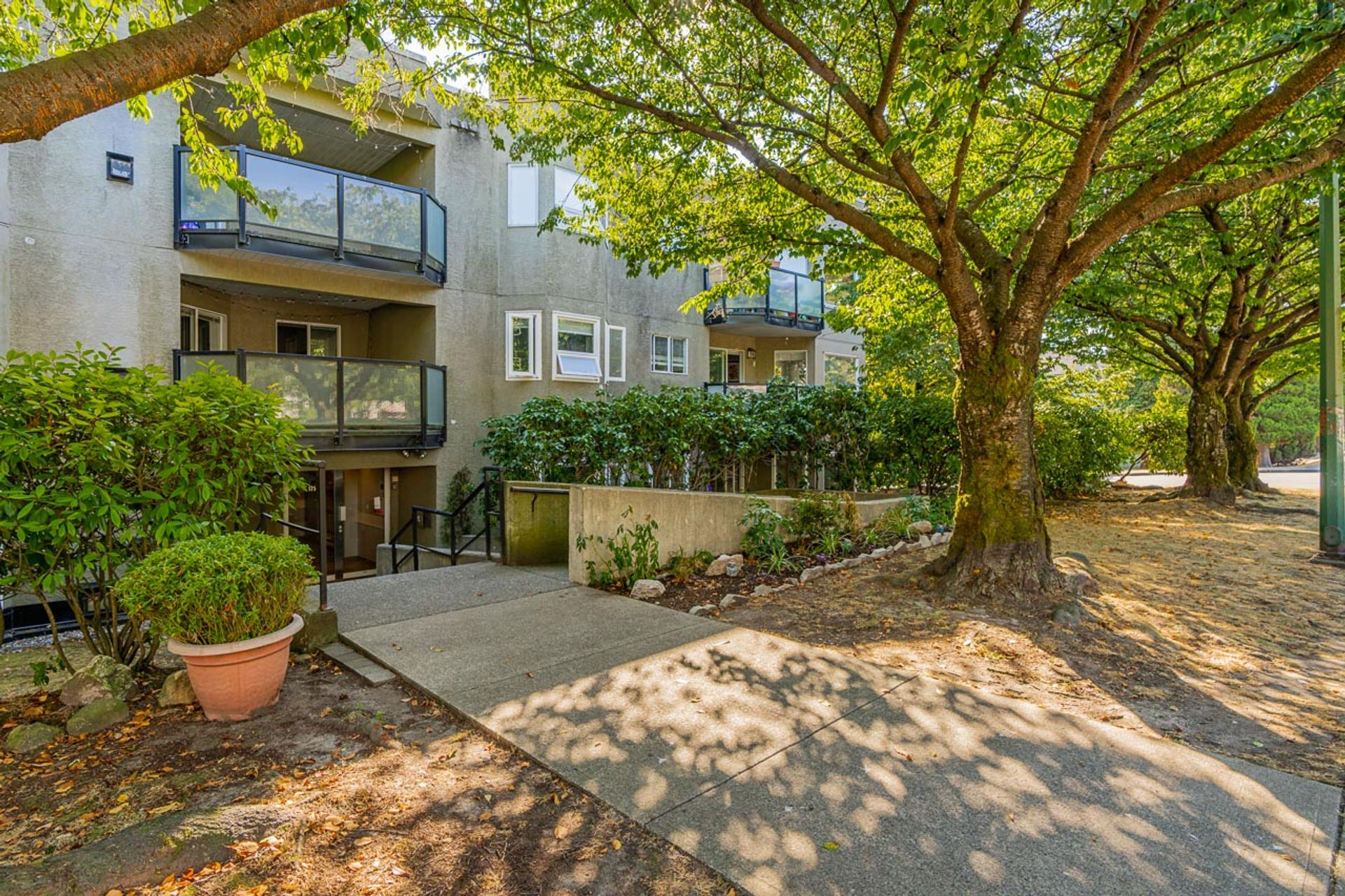 unit-101-175-west-4th-street-north-vancouver-3 at 101 - 175 W 4th Street, Lower Lonsdale, North Vancouver
