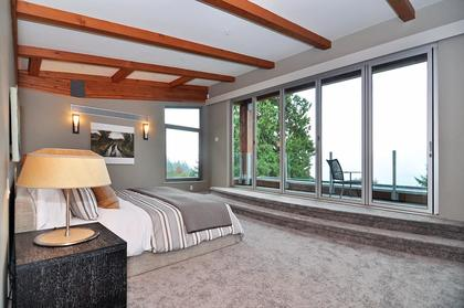 at 3185 Mathers Avenue, Westmount WV, West Vancouver