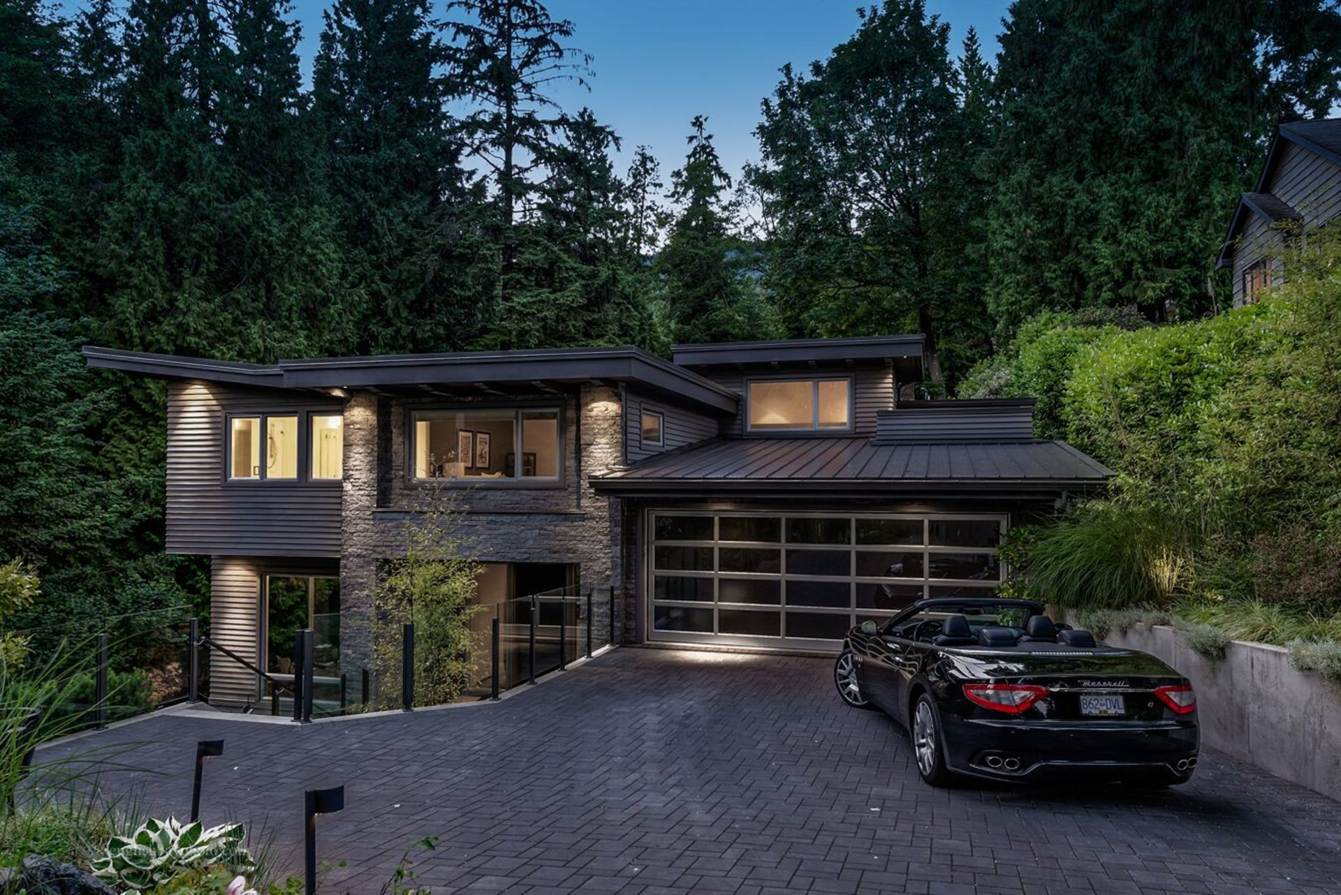 at 2795 Mathers Avenue, Dundarave, West Vancouver