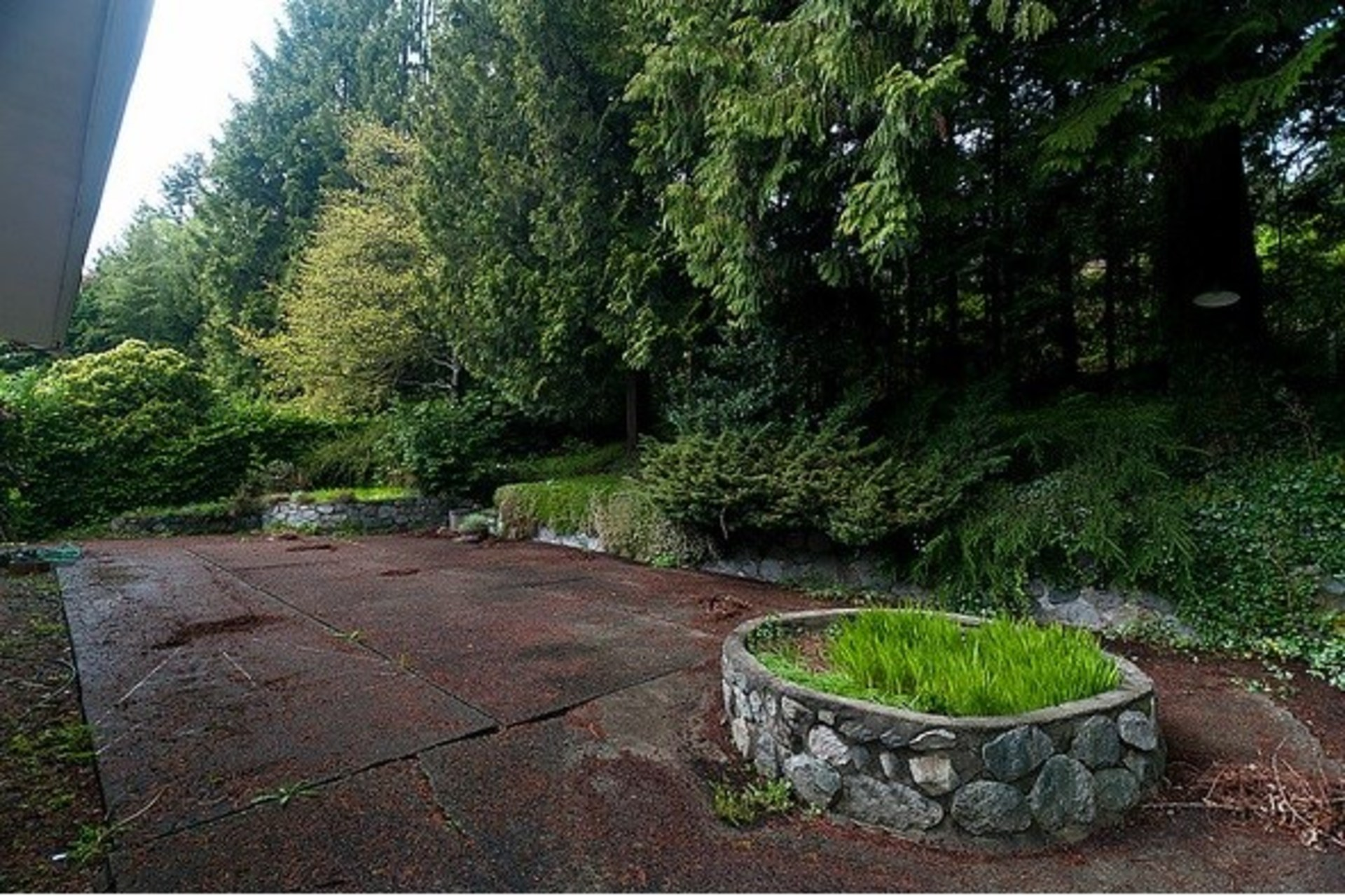 at 3151 Benbow Road, Westmount WV, West Vancouver