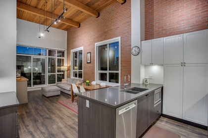 101 - 105 West 2nd Street, Lower Lonsdale, North Vancouver 2