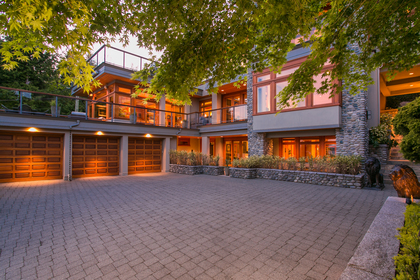 3285 Dickinson Crescent, West Bay, West Vancouver 2