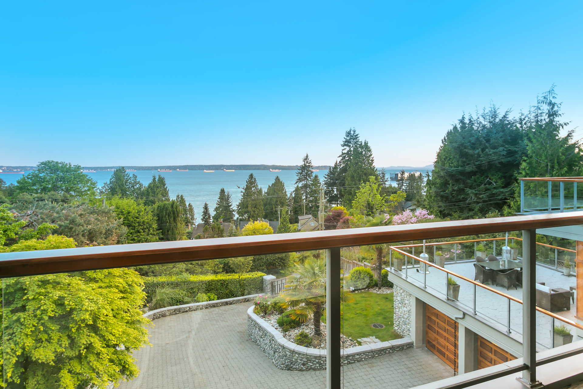 1J6A9074 at 3285 Dickinson Crescent, West Bay, West Vancouver
