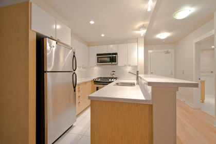 6 at 302 - 160 W 3rd Street, Lower Lonsdale, North Vancouver